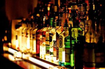 Доставка алкоголя ночью стала популярной